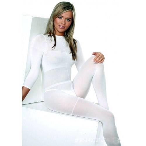 Costum pentru tratamente corporale
